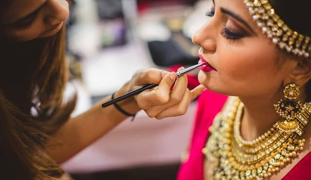 Beauticians on Neyena Parlour's, are highly experienced in her core expertise and in trend of most recent Makeup, trend styling and hair shading, those are making a surprising and greatest look on the face of beautiful women and prettiest girls. In this technical world, themakeup&Beauty Parlour Services at homeis now quickly accessible at your fingertips. Why go toparlourfor traditionalsalon servicesand wait for appointment, whether you can simply book and appointment on any parlour using Neyena Parlour and also could be served bysalon at home. In wedding & marriage parties, you girls and married women gets confused about their look, how they will look like, makeup, party stress, photoshoot, dressing. So, Neyena Parlour providing you salon at home & covers, the whole range of Beauty Parlour Services At Home. Neyena Parlour Services offers you a complete makeup & beauty service at home, for example, facial, hair, make-up, waxing, manicure-pedicure, salon at home in Mumbai, Delhi, noida, Gurgaon, Dehradun and substantially more beauty services at home in many more cities of India. We ensure a smooth, perfect, and clean makeup & beauty parlour at home. Our expert beauticians & makeup artists carried high quality, hygiene, and branded product for your service. Neyena Parlour is presently offering our Beauty services in maximum Cities of India, particularly Delhi, Dehradun, Gurgaon, Noida, Ghaziabad, Faridabad, Pune, Mumbai, Bangalore, Greater Noida and some more. At Neyena Parlour beauty services let you rid of waisting of time & money regarding your parlour or salon choices. Why you spending a lot of money for compromised beauty & makeup services, if you have Neyena Parlour for negotiations and quality. We offer you a complete beauty service at home, for example, facial, hair, make-up, waxing, manicure-pedicure, spa and many more beauty & makeup services at home. We ensure a smooth, perfect, and endless quality beauty & Makeup parlour at home we provide on-demand beaut